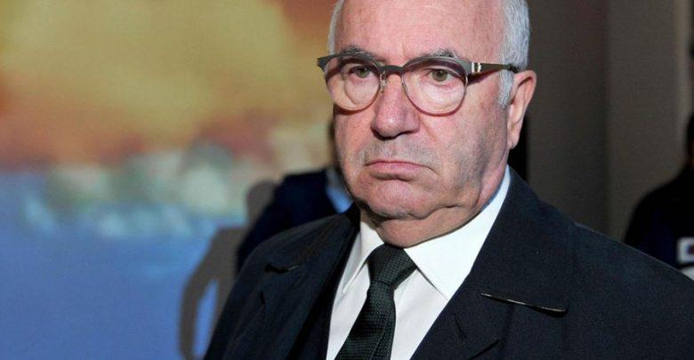 Photo of L'era Tavecchio: dai mangia-banane alle urla in francese nella conferenza stampa d'addio