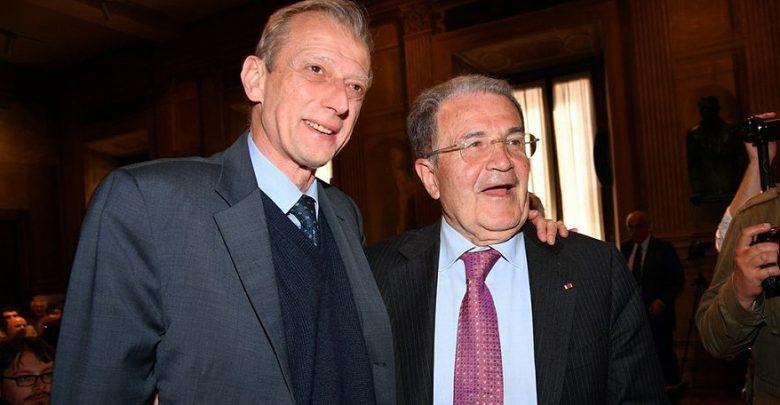 Photo of Renzi e Fassino lanciano Prodi: il professore chiama la sinistra e rilancia la sfida a Berlusconi