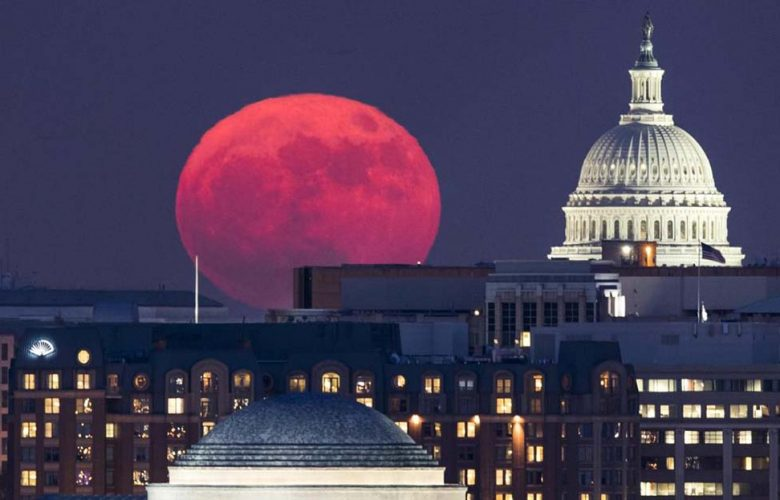 La Superluna sopra Washington