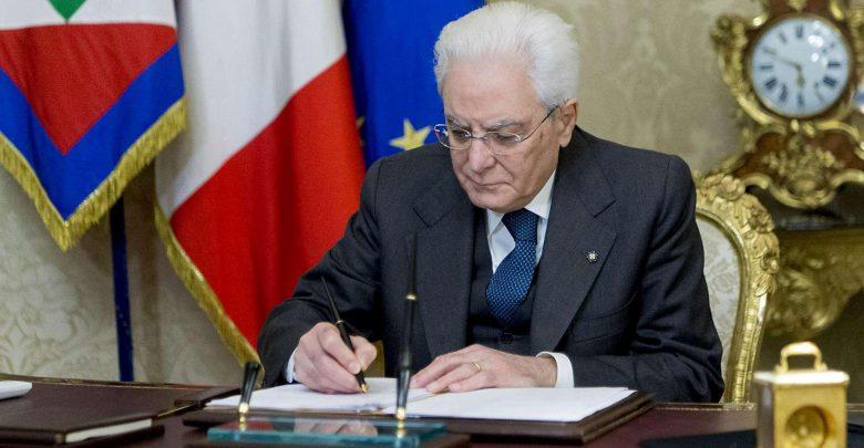Sergio Mattarella, ha firmato il decreto per lo scioglimento delle Camere mettendo fine alla XVII legislatura