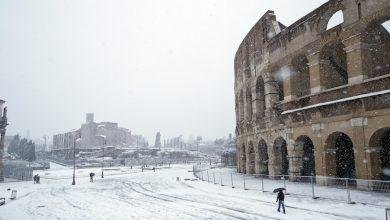 Photo of Buran soffia sull'Italia: Roma ricoperta dalla neve