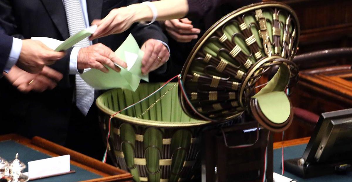 Elezioni presidenti di camera e senato l accordo non c for Camera e senato differenze