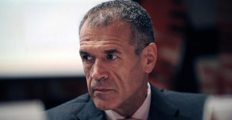 """Photo of Chi è Carlo Cottarelli: dalla spending review al """"governo del presidente"""""""