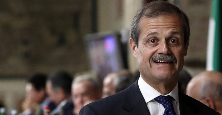 """Photo of Chi è Giampiero Massolo il premier """"terzo"""" del governo Lega-M5s"""