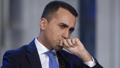 Photo of Governo, ritorna l'ipotesi di un governo politico. Di Maio: «Sì a Savona ma non all'Economia»