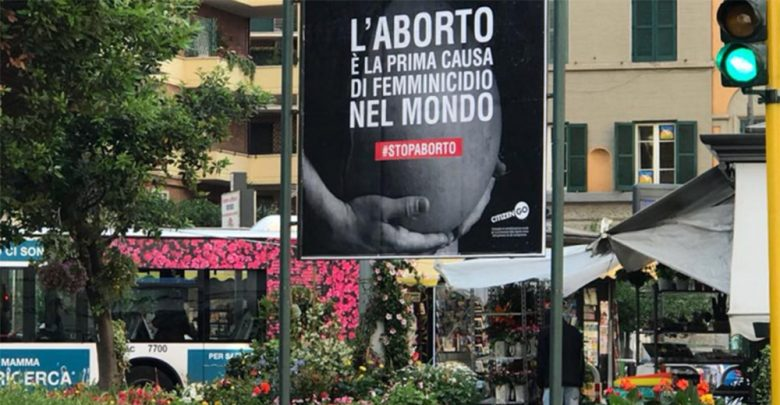 Photo of Manifesto shock sull'aborto a Roma, sollecitata la rimozione