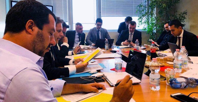 Salvini-Di Maio accordo sui punti chiave del contratto governo
