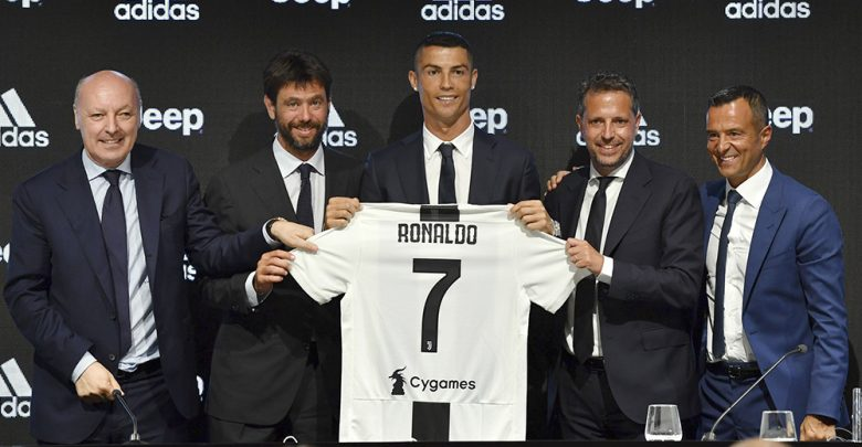 Photo of Cristiano Ronaldo alla Juventus: i numeri dell'affare dell'anno