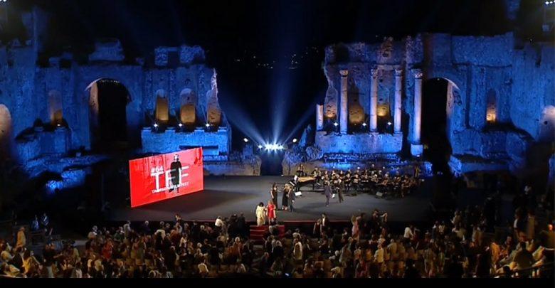 Photo of Taormina Film Fest 2018, cala il sipario: «L'anno prossimo vi stupiremo»