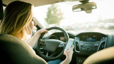 Photo of Smartphone alla guida, Toninelli: «Possibile ritiro della patente»