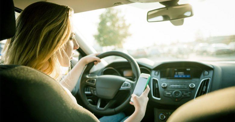 Ritiro patente per uso cellulare durante la guida
