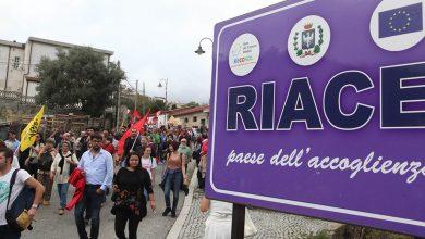 """Photo of Cosa succederà al """"villaggio globale"""" di Riace?"""