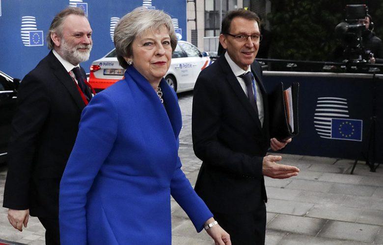 Consiglio europeo approva accordo Brexit Theresa May