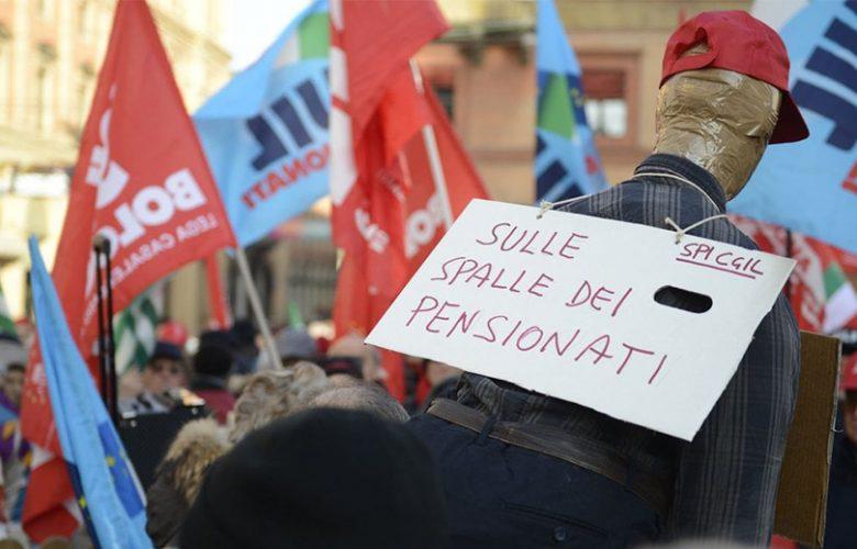 Pensionati in piazza contro il taglio delle rivalutazioni degli assegni