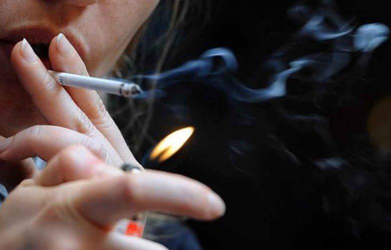 Svezia divieto di fumo all'aperto