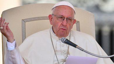 Papa Francesco su cristiani ipocriti e atei