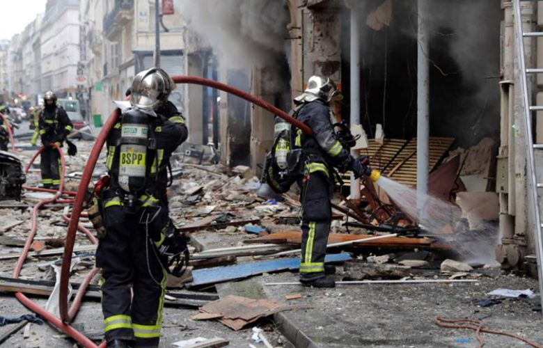 Parigi esplosione per fuga di gas