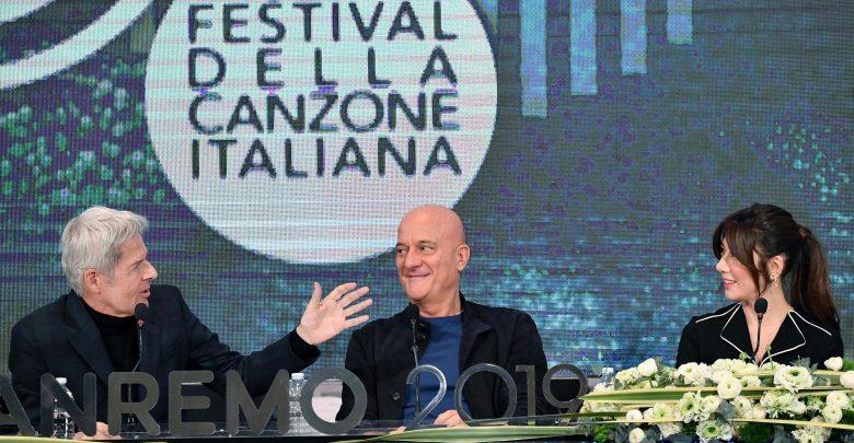 Photo of Sanremo al via: «Niente politica, solo canzoni»