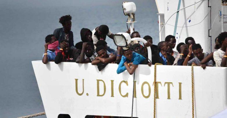 Photo of Nave Diciotti, 41 migranti chiedono i danni a Conte e Salvini