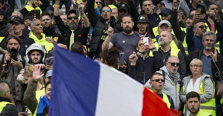 Photo of Macron non ferma i gilet gialli, nuova protesta a Strasburgo