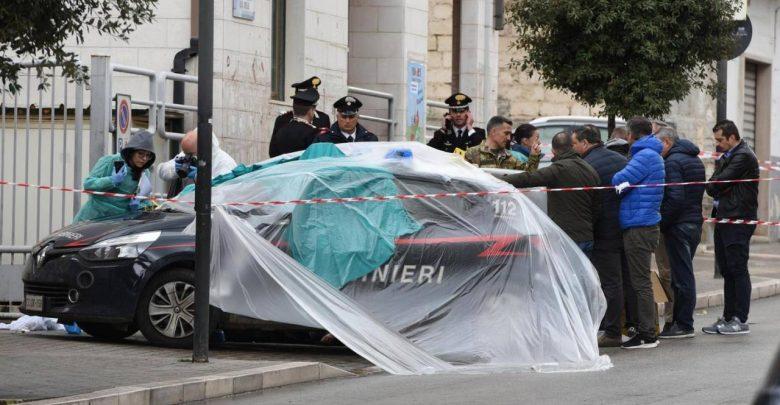 Photo of Salvini pubblica la foto dell'assassino del carabiniere: «Sono contro la pena di morte, ma…»