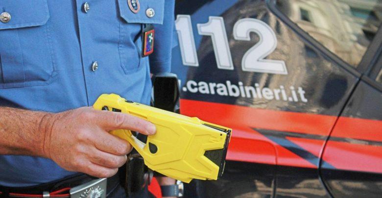 Photo of Salvini: «A giugno le forze dell'ordine avranno la pistola elettrica»