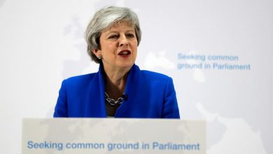 Photo of Brexit, la premier May apre a un nuovo referendum