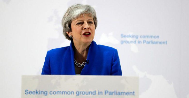 Photo of Brexit, la premier May apre a un nuovo referendum