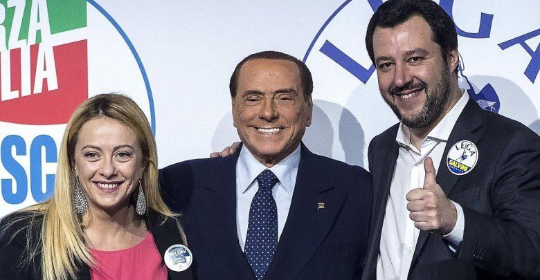 Photo of Centrodestra, Meloni scarica Berlusconi e propone un governo FdI-Lega