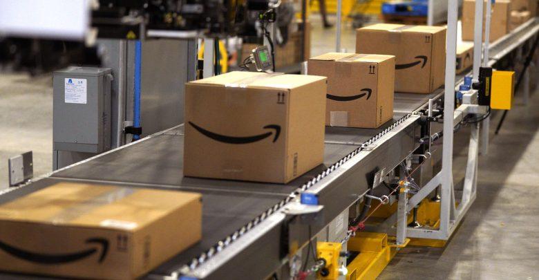 Photo of Amazon, i robot sostituiscono gli umani nella preparazione dei pacchi