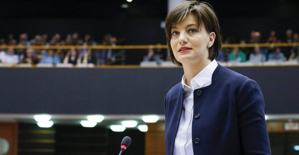 Tangenti in Lombardia, indagata l'eurodeputata Lara Comi