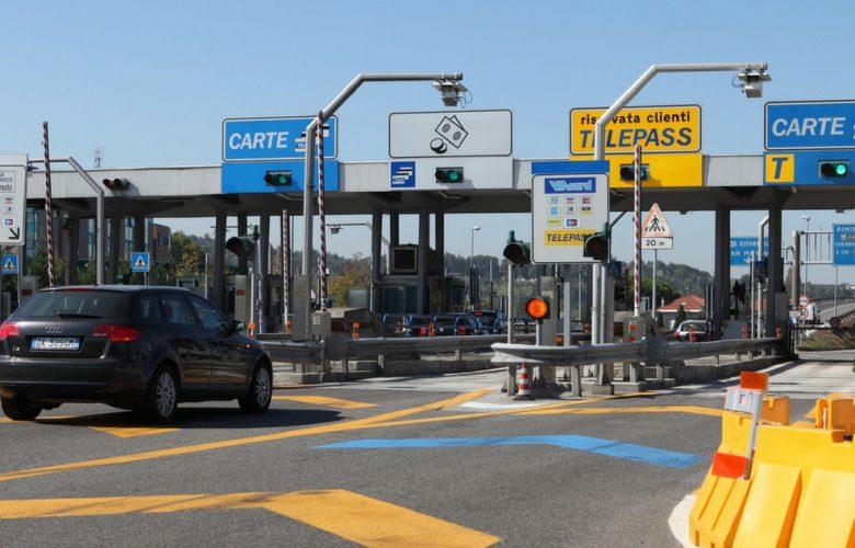 Autostrade, nuovi rincari sui pedaggi ma non sulla Strada dei Parchi