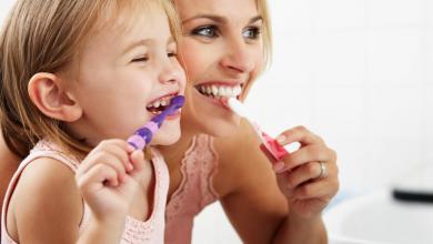 Cura dei denti, è meglio cominciare da bambini