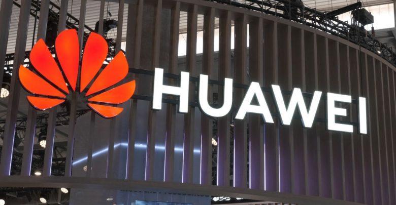 Huawei manda a casa i dipendenti Usa