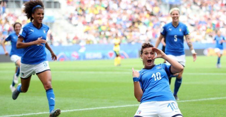 Photo of Mondiali di calcio femminile, l'Italia batte la Giamaica 5 a 0 e vola agli ottavi