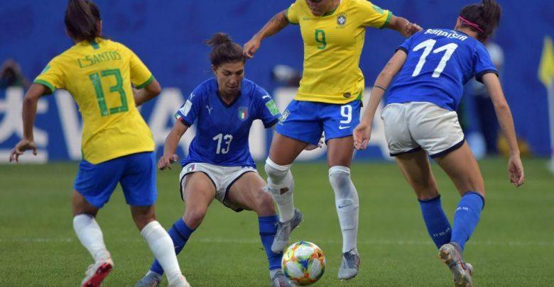 Photo of Mondiali di calcio femminile, Italia battuta dal Brasile ma è prima nel suo girone