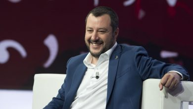 Photo of No, Matteo Salvini non è candidato al Nobel per la pace 2019