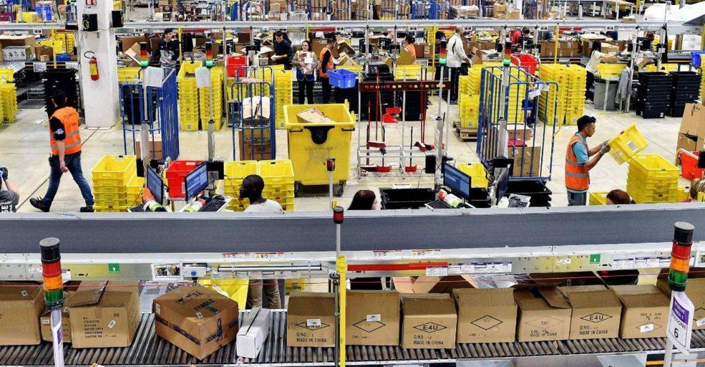 Amazon, l'Antitrust Ue apre un'indagine per sospetta concorrenza sleale