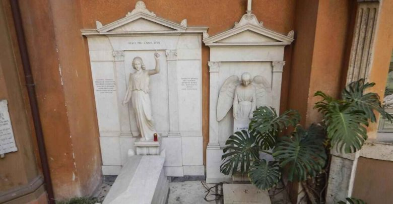 Photo of Caso Orlandi, il Vaticano dispone l'apertura di due tombe nel cimitero teutonico