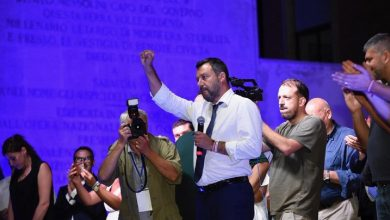 Photo of C'è aria di crisi nel Governo, Salvini: «Qualcosa si è rotto, ma non m'interessano i rimpasti»