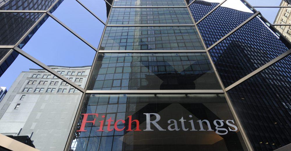 Fitch lascia invariato rating dell'Italia a BBB, nonostante la crisi politica