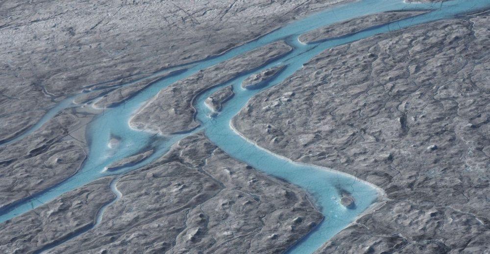 La Groenlandia si scioglie: in mare 10 miliardi di tonnellate d'acqua in un solo giorno