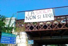 «La Sicilia non si Lega»: Salvini contestato a Catania e Siracusa