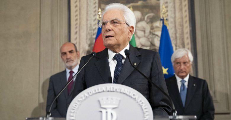 Photo of Mattarella concede tempo fino a martedì: «Crisi va risolta con decisioni chiare e in fretta»