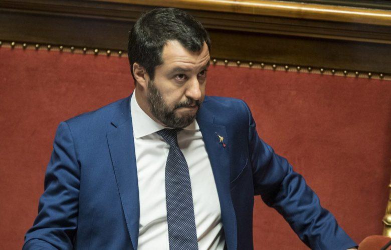 Conte in Senato il 20 agosto, passa linea M5S-Pd. Salvini: «Taglio parlamentari, poi voto»