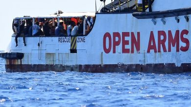 Photo of Open Arms dice no all'offerta della Spagna: «Impossibile navigare altri 7  giorni»