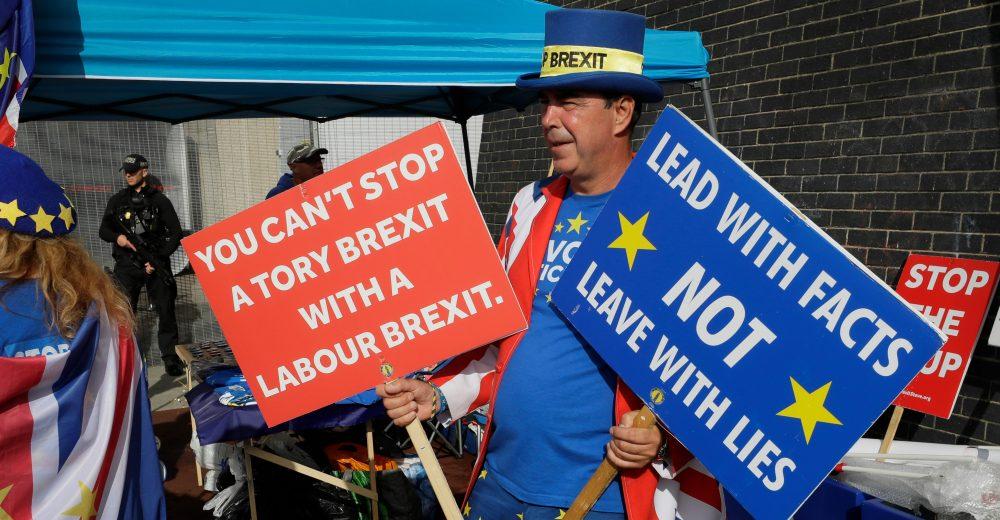 Brexit, manca un mese all'addio del Regno Unito all'Ue