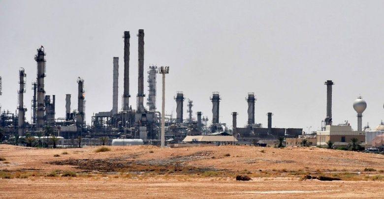 Photo of Cosa succede dopo gli attacchi agli stabilimenti petroliferi in Arabia Saudita?
