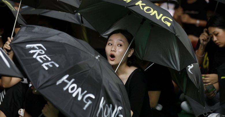 Photo of Hong Kong ritira la legge sull'estradizione, ma per gli attivisti non basta