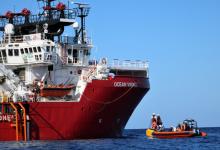 L'Italia assegna un porto sicuro alla Ocean Viking: i migranti sbarcheranno a Lampedusa
